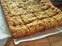chewy, chunky blondies - 04