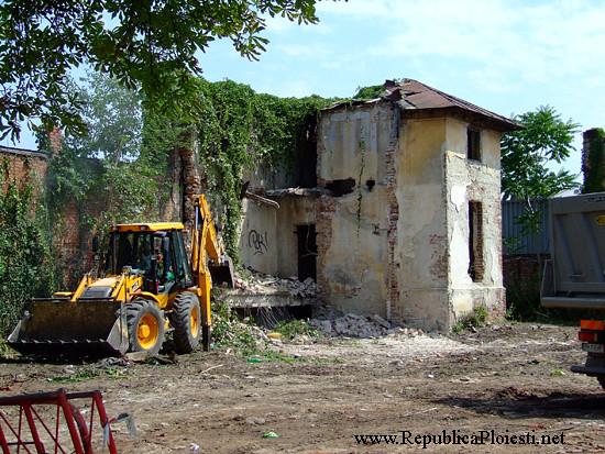Casa Z(usserman) C - 2010 - demolare - 100