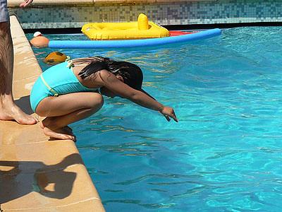 emma apprend à plonger.jpg