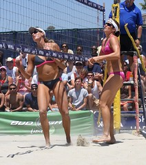 AVP Volleyball Long Beach 2010 (Veger) Tags: california sports sport canon outdoors athletics outdoor beachvolleyball telephoto longbeach volleyball 70200 avp branagh canon70200f4l rutledge canon70200 nicolebranagh provolleyball professionalvolleyball lisarutledge avp2010 avplongbeachvolleyball avplongbeach longbeachavp lisarutledgeavp lisarutledgelongbeach lisarutledgevolleyball rutledgeavp lisarutledge2010 nicolebranaghavp nicolebranaghlongbeach nicolebranaghvolleyball branaghavp branaghvolleyball branaghlongbeach branaghavptournament branagh2010