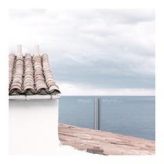 hear (Iro {Ivy style33}) Tags: trip sea sky travelling clouds horizon roofs mallorca hear softtones capdeformentor atthetopoftheworld photographythroughivyseyes thewindwhispering therewheretheseaandskymeet
