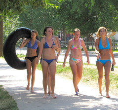 A Carefree Walk to the River (Colorado Sands) Tags: ladies girls summer usa america fun us colorado unitedstates american babes chicas gals amerika swimsuits swimwear bikinis bathingsuits puravida clearcreek jeffersoncounty swimmingsuits sandraleidholdt leidholdt sandyleidholdt