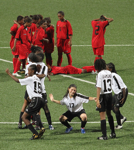 new girls games 2010. Papua New Guinea lost 2-4 to