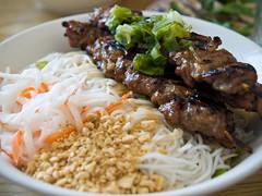 (~libby~) Tags: food virginia vietnamese peanuts bbq pork va noodles chesapeake vermicelli bunthitnuong pho79