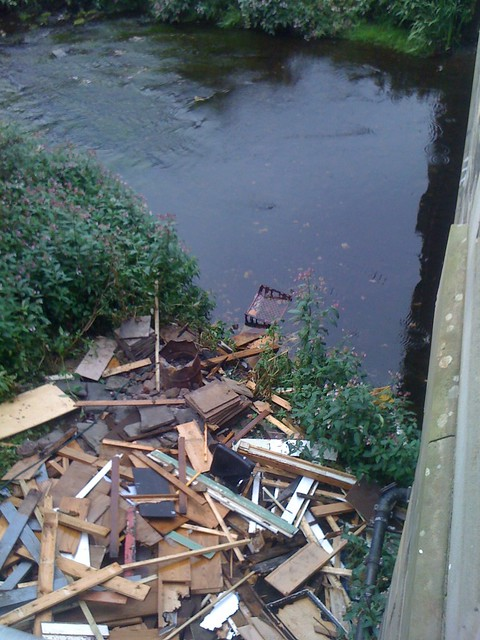 Flytipping Bonnington Bridge