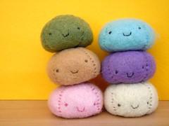 036-6 (mmrified) Tags: food cute smile felt kawaii onsen mochi bun bao manju feltfood cutefelt kawaiifood manjukun kawaiifelthappy