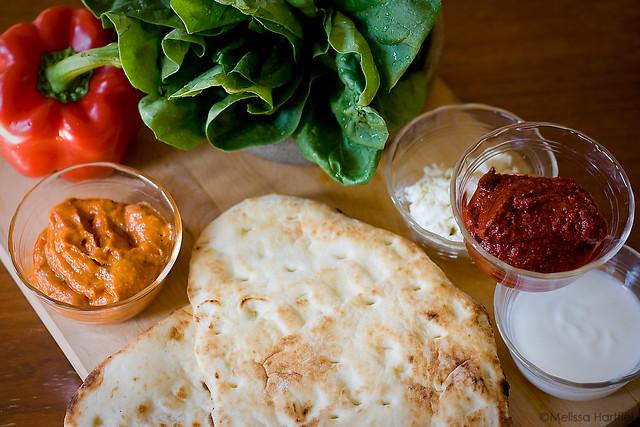 Tandori Chicken Pizza Ingredients