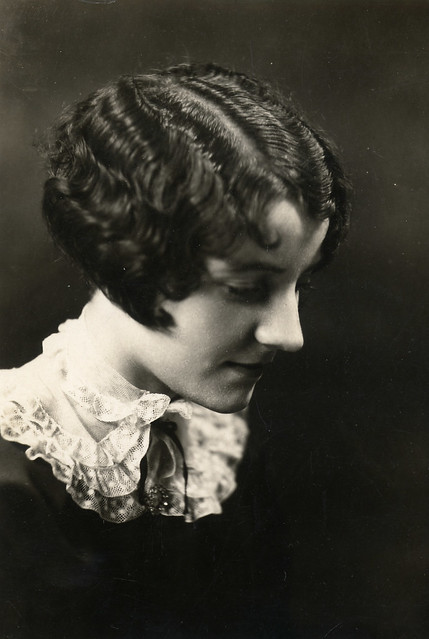 Finger waves in the 1920s. Found image. A very fashionable hairstyle,