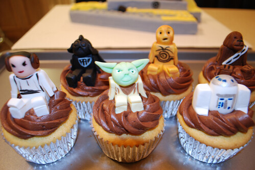 LEGO Star Wars Character Cupcakes