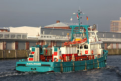 SARA MAATJE VII in Cuxhaven (cuxclipper ) Tags: cuxhaven supplyvessel versorger saramaatjevii imo7811422 shipschiff