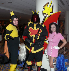 The Monarch, Dr. Girlfriend, and henchman (sctag1015) Tags: dragoncon 2010 sctag1015 dragoncon2010 venturebrothers monarch drgirlfriend henchmen cosplay adultswim fz50 swingers