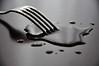 Buchi nell'acqua (Silvans Cat) Tags: water nikon fork splash acqua hdr d90 nikond90