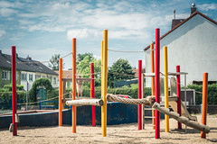Wimmel Picture - Where is Bruno? (Diggoar) Tags: playground children color colorful red orange yellow fujifilm xpro2 xf35mmf2
