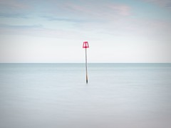 Floating (Andrew H-W) Tags: leebigstopper andrewhaywardwills mudeford 2017 steamerpoint longexposure sunset
