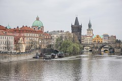 Praha - Prague - Praga (Txulalai) Tags: praha praga prague chequia republicacheca travel arquitectura monumento puente bridge moldava vltava agua rio sonyilce6000 sonya6000 sony sonyalpha6000