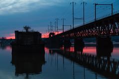 14-334 (George Hamlin) Tags: maryland perryville susquehanna river bridge railroad amtrak sky color blue pink overhead electric catenary sunset water reflection hour photo decor george hamlin photography