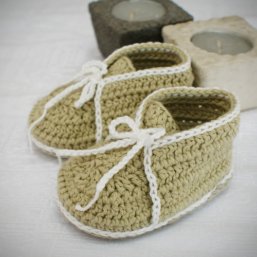076e7793137 Crochet Baby Booties Furry Ugg Inspired Loopy Diva | Free Baby ...
