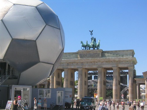 La porte de Brandebourg façon coupe du monde