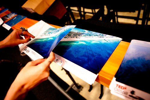 @fiercekitty puts together photo packs for TEDx Oil Spill