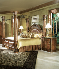 Monte Carlo Canopy Bed