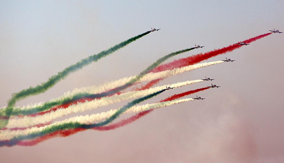 4750085717 ab4ce380a8 b d Dubai Air Show