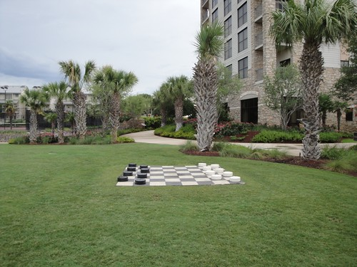 HSB Resort, checkers