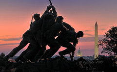 Iwo Jima Sunrise (dyoshida) Tags: usa monument sunrise morninglight dc washington nikon va nationalmall springfield rosslyn iwojima d300 iwojim dyoshida