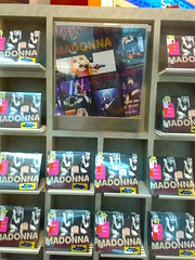 Madonna S&S In Stores (El Gato Mex1cano) Tags: argentina madonna 2008 stickysweettour maikalife maikaphoto