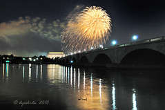 Fireworks on the Potomac (dyoshida) Tags: longexposure bridge usa monument night reflections dc washington nikon fireworks citylights nationalmall washingtonmonument memorialbridge d300 5photosaday thebestofday gnneniyisi dyoshida