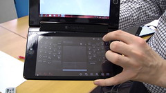 Toshiba W100 Hands On 13