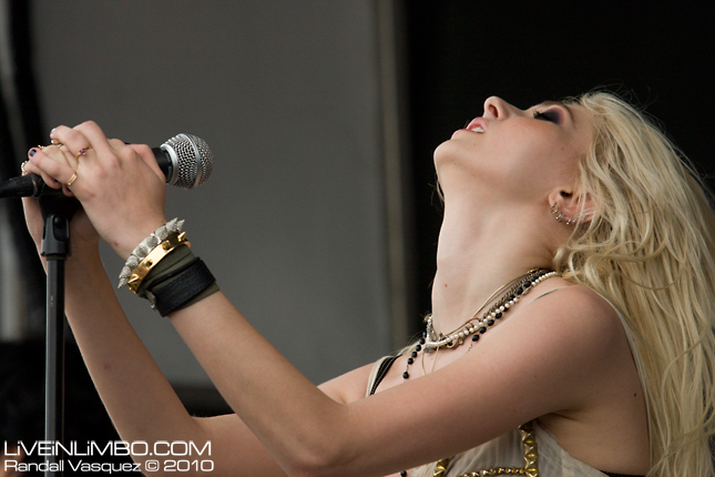 The Pretty Reckless @ Vans Warped Tour, Arrow Hall, Toronto