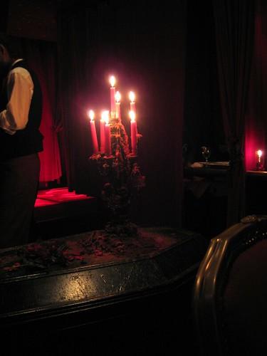 Vampire Cafe 04