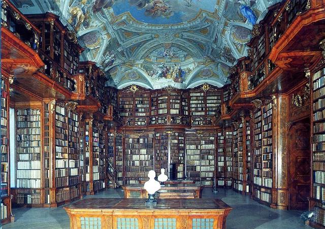 Najlepše biblioteke na svetu - Page 2 4793455197_23bac0de91_z