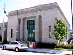 post office, Carthage MO (by: Stan W. Kost, creative commons license)