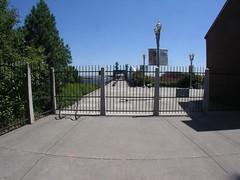 Dale CThihuly bridge of Glass, Tacoma Washington