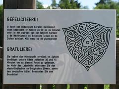 Gefeliciteerd (LeoKoolhoven) Tags: netherlands nederland maze 2010 vaals drielandenpunt doolhof labyrint