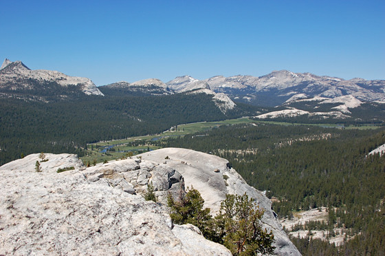 3tuolumne-meadows-from-lembert-dome.jpg