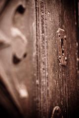 A door (ol3loceano) Tags: porta duomo casale monferrato serratura toppa casalemonferrato santevasio