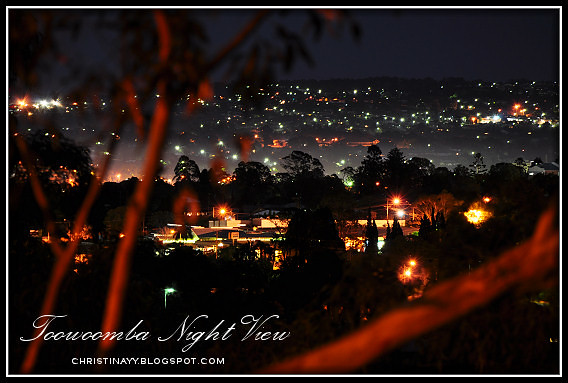 Toowoomba Night View: Picnic Point