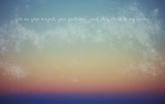 Atardeceres (Lunayda) Tags: sunset sky cute textura love beach photoshop atardecer dawn reflex twilight nikon colours bonito playa colores sparkle cielo shinny anochecer brillante frase precioso sabinillas d5000 nikond5000
