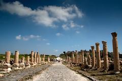 20090404 Jordania - 01 Umm Qais 007 (blogmulo) Tags: travel history canon lost ruins ar roman jordan viajes ruinas civilizations 2009 umm historia jordania qais romanas canon450d blogmulo