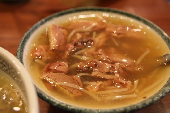 【台南新營】華味香鴨肉羹、真武殿~在地小吃與廟宇 - Xuite日