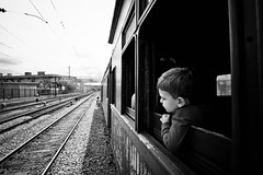 Sem destino... (let's fotografar) Tags: train pb trem