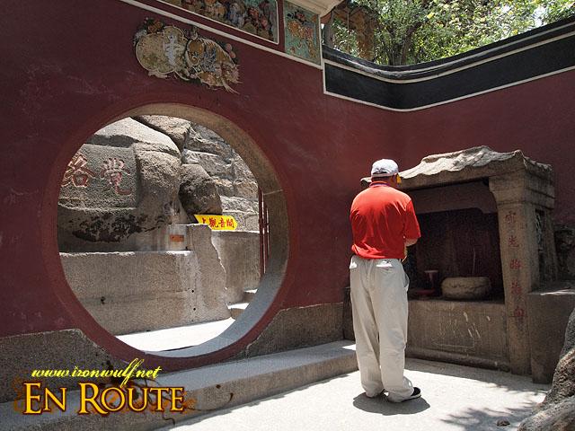 A-Ma Temple in Prayer
