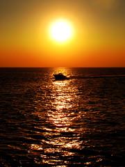 Fueraborda (envisionpublicidad) Tags: sunset sea summer orange sol speed atardecer boat mar ship board ibiza verano motor eivissa puesta isla vacaciones cruiser islas baleares 2010 motora balear ibizenca