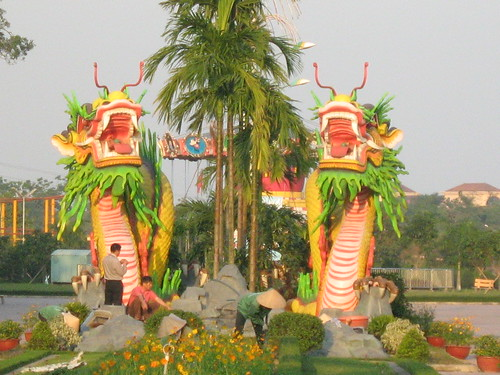 Two really big, bright dragons, Vinh, Nghe An
