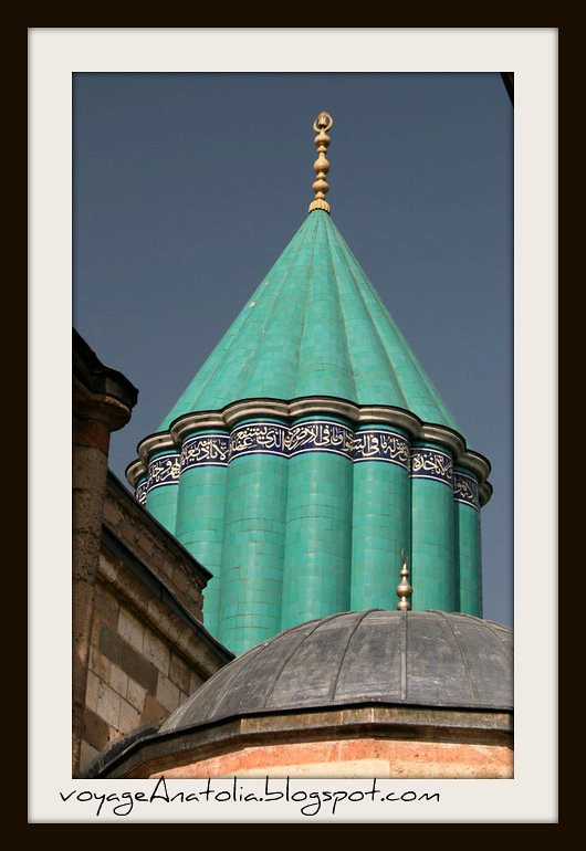 Shrine of Rumi by voyageAnatolia.blogspot.com