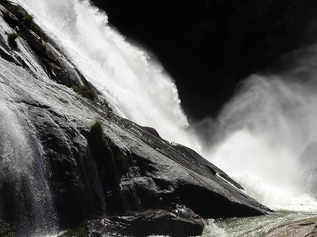 Cascada de Ézaro. 4875362638_62ce62dd77_z