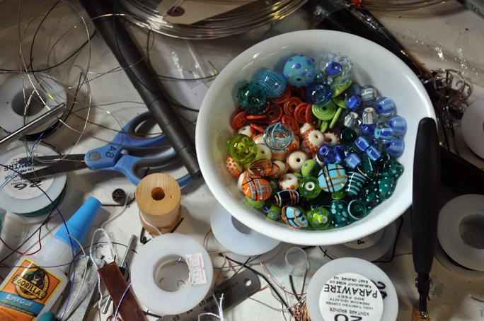 beads waiting