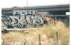 DHS (BGIZL) Tags: graffiti dhs fwy redoe